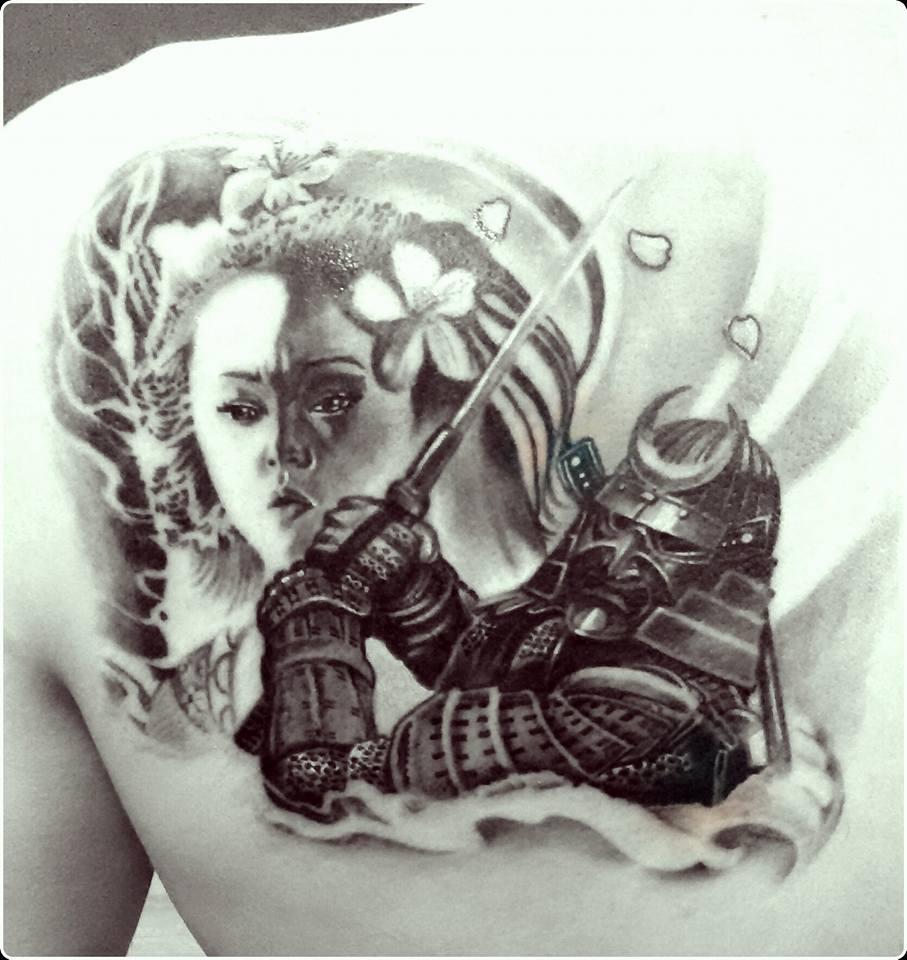 Colibri Tattoo Uomo tatuaggio samurai giapponese - denis trevisani tattoo studio