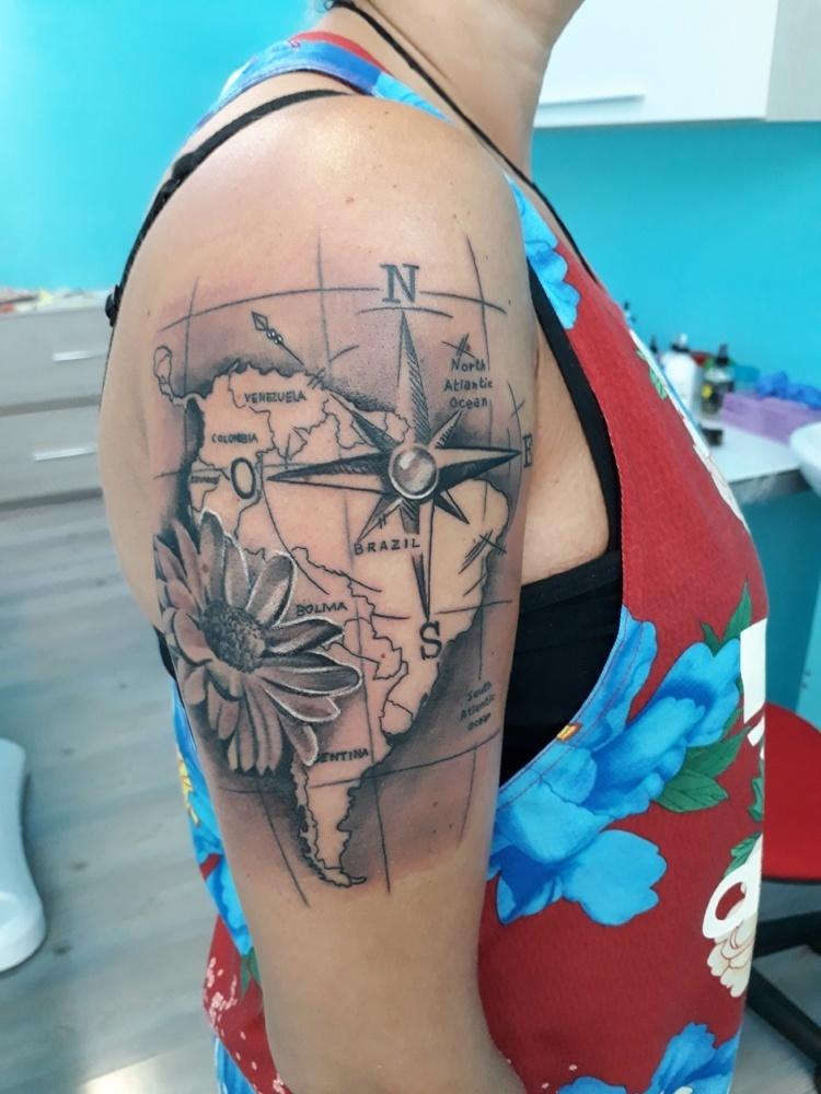 Cartina Mondo Tatuaggio.Tatuaggio Realistico Archivi Denis Trevisani Tattoo Studio